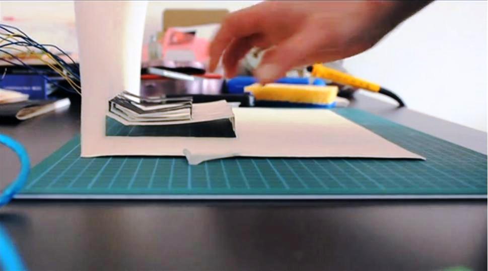 Inventan piano de papel completamente funcional