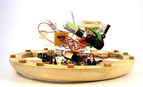 Velas con botón de encendido y apagado automático