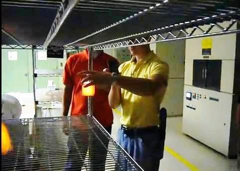 Cómo sostener 2.200 grados de calor en sus manos, sin guantes