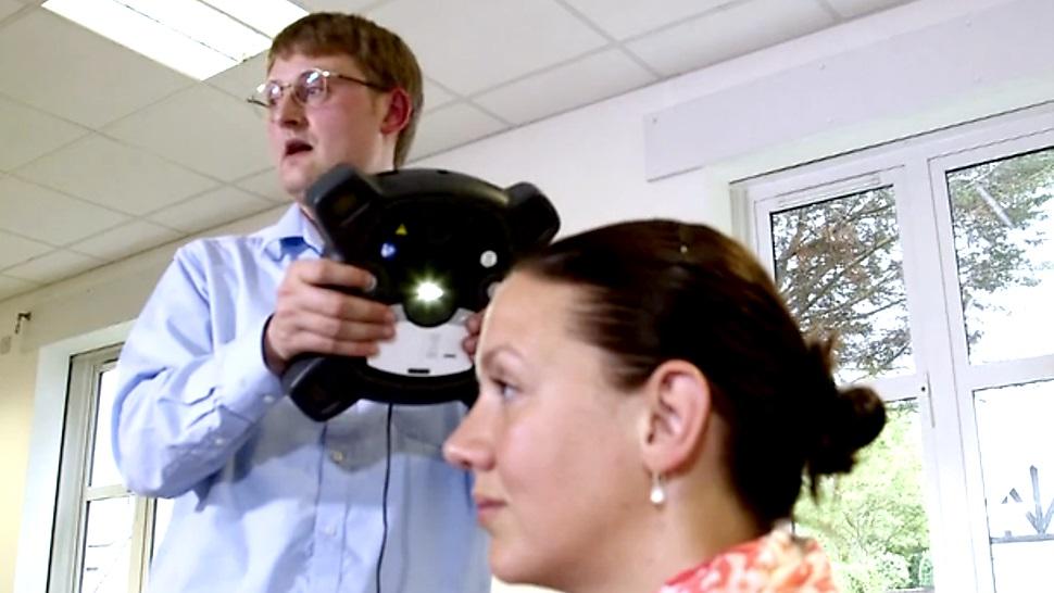 Inventan escáner 3D portátil y a color