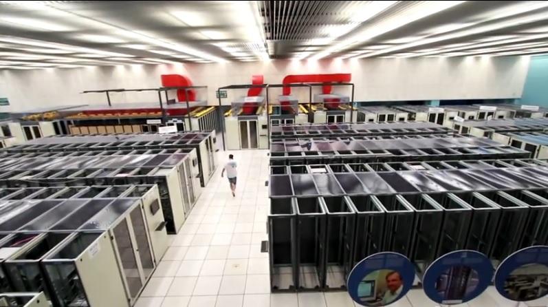Un tour por el centro de cómputo del colisionador de partículas más grande del mundo