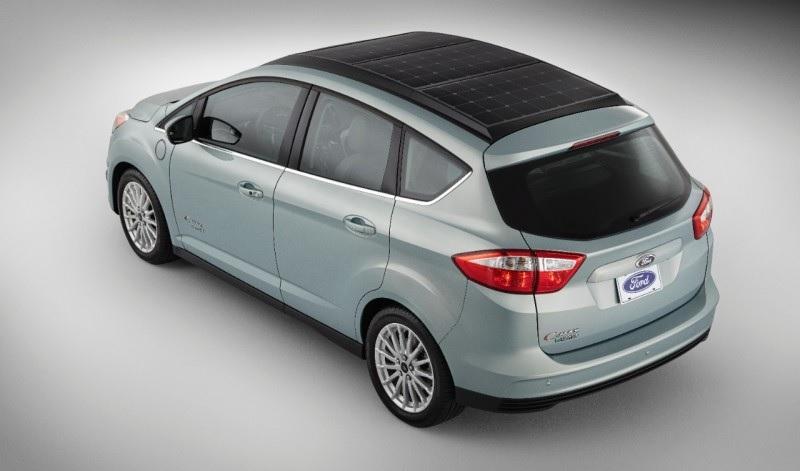 Ford trabaja en un auto convencional con paneles solares