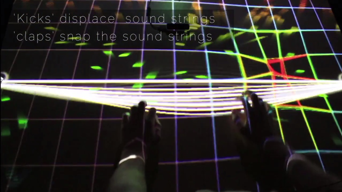 Contact es un instrumento digital interactivo, una especie de mesa musical impulsada en parte por el sonido.