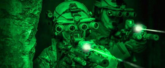 Trabajan en lentes de contacto para ver en la oscuridad