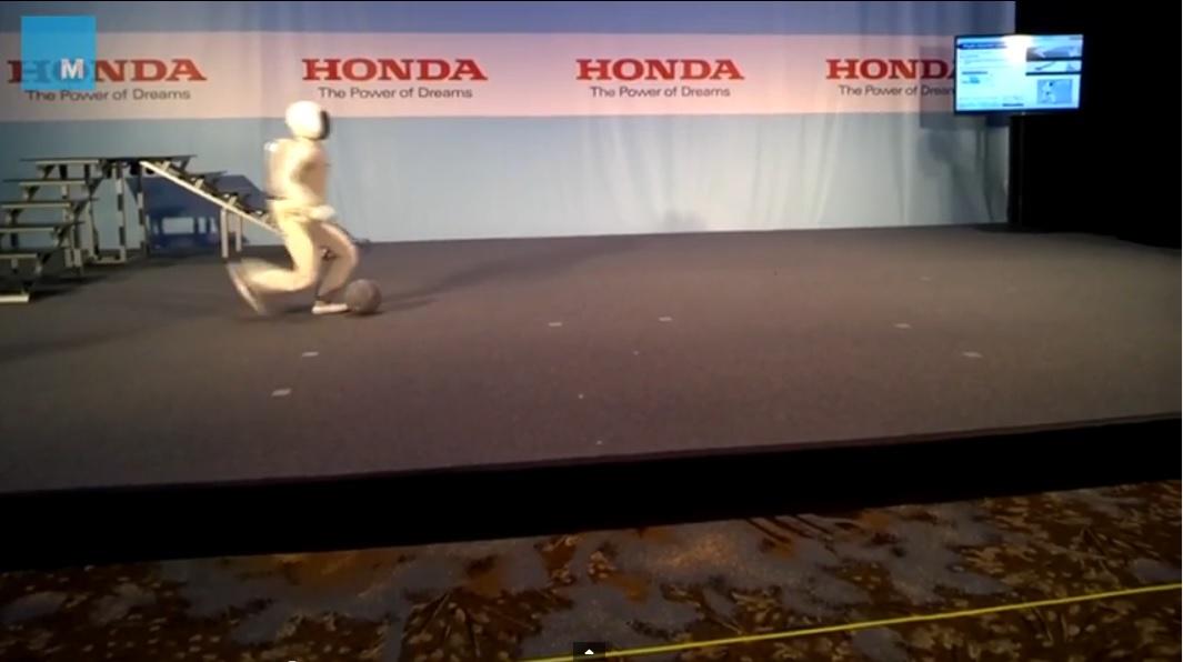 Robot ASIMO más veloz, fluído y balanceado