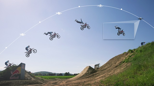 Dron automatizado que lo sigue y graba sus movimientos
