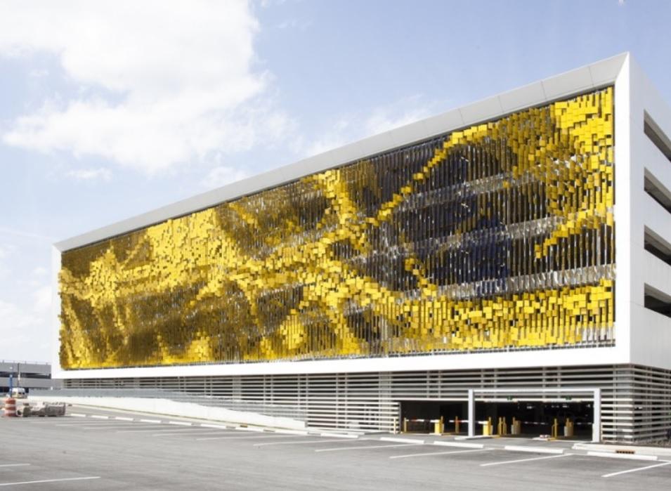 Edificio cambia el color de su fachada a medida que usted se mueve