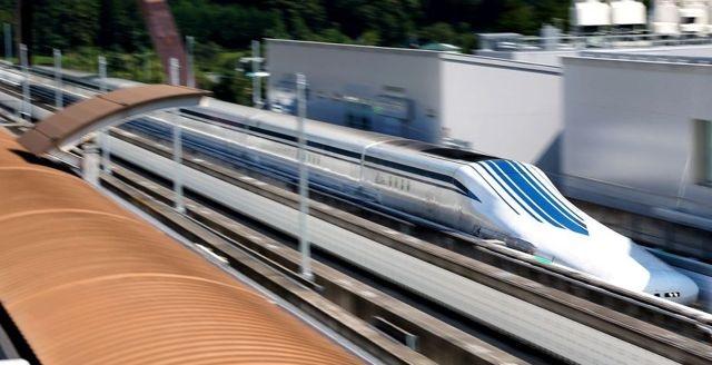 El tren de levitación magnética japonés alcanza los 500 Km/h en su primera prueba pública