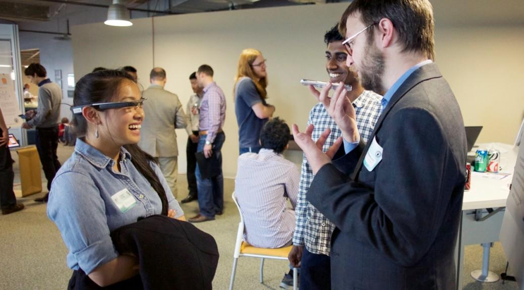 Las gafas de Google podrán desplegar transcripciones de conversaciones en tiempo real