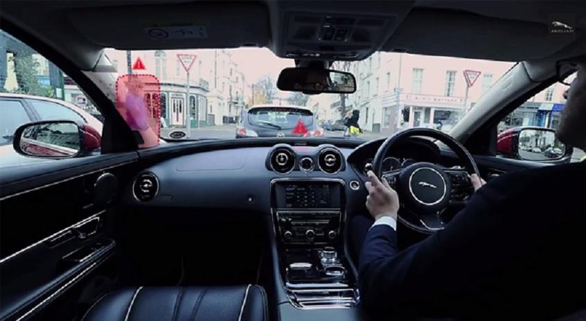Parabrisas inteligente para eliminar puntos ciegos en su auto