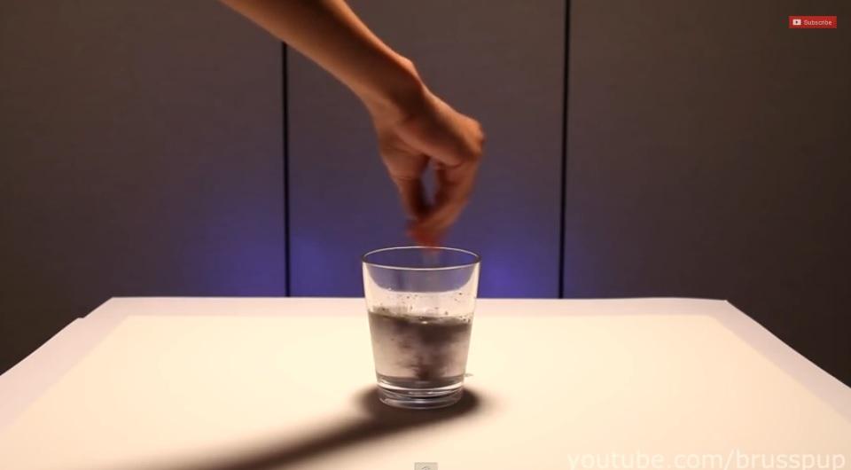 La asombrosa reacción química del reloj de yodo