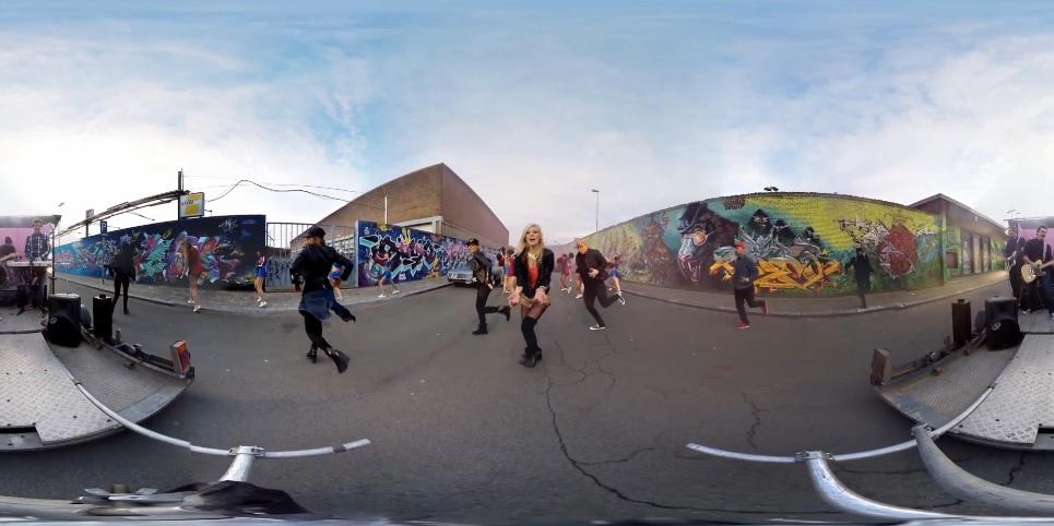 Disfrute del primer video clip musical interactivo de 360 grados y 4K