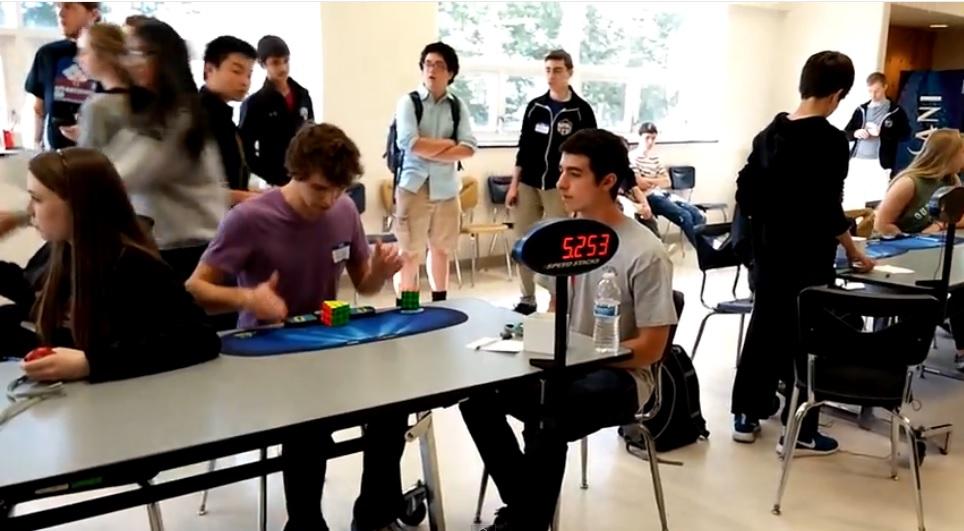 Nuevo récord mundial para resolver el cubo de Rubik se sitúa en 5.253 segundos