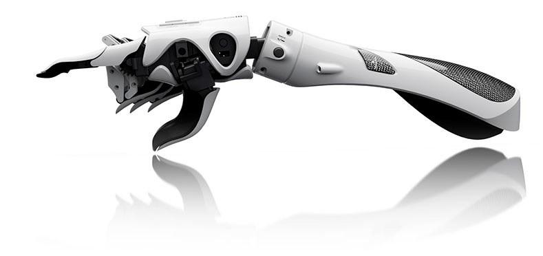 Una mano robótica de código abierto y bajo costo