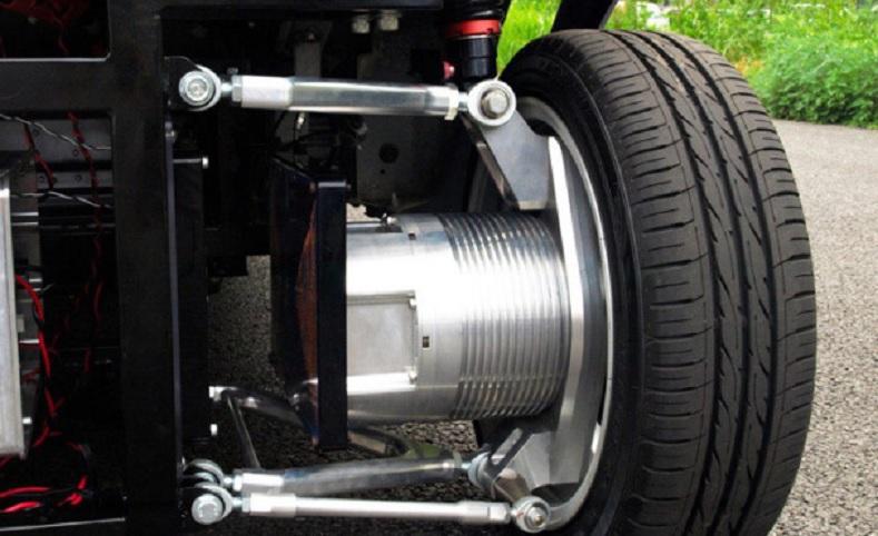 Fabrican automóvil con motor eléctrico inalámbrico