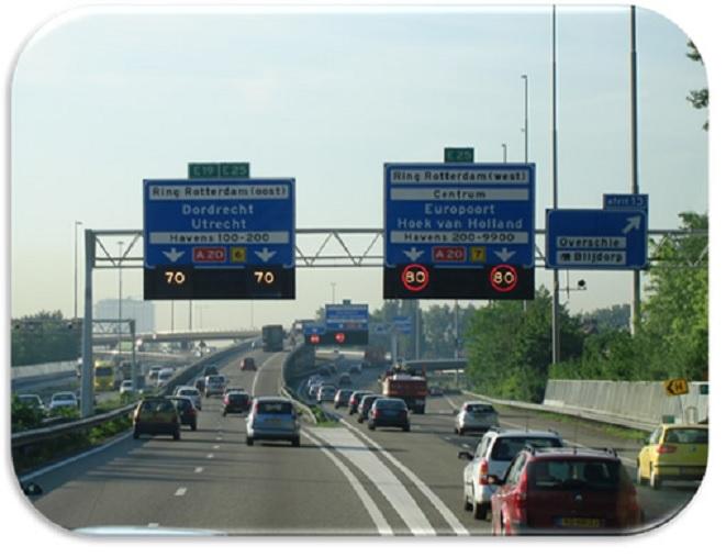 En Holanda planean usar en las carreteras botellas plásticas recicladas en lugar de asfalto