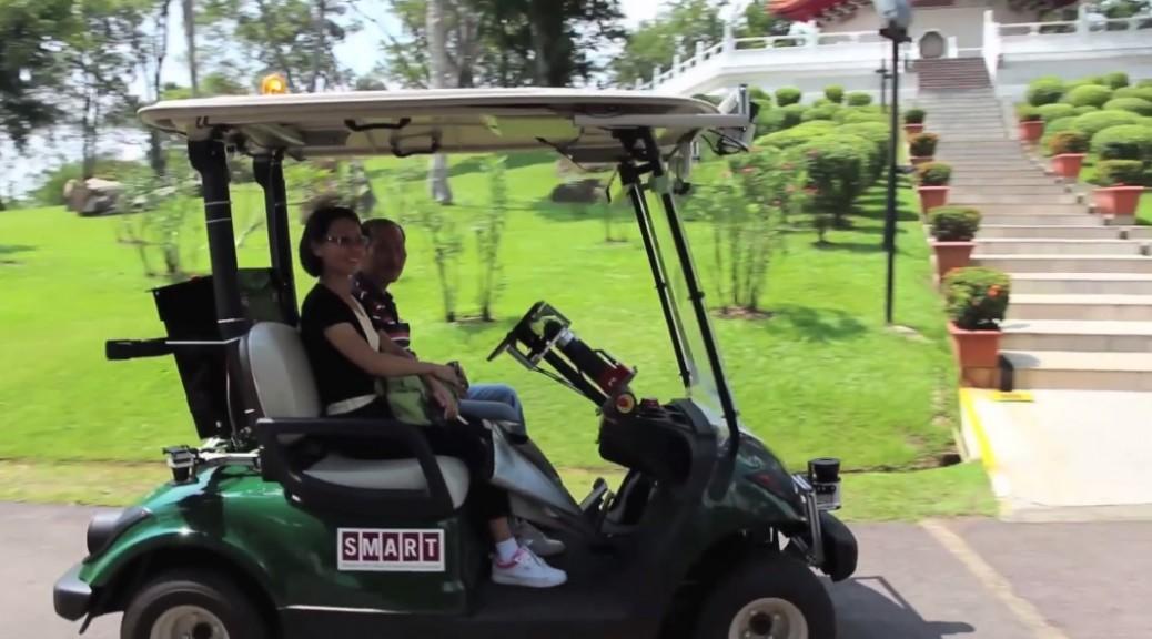 Carritos de golf sin conductor son puestos a prueba en Singapur