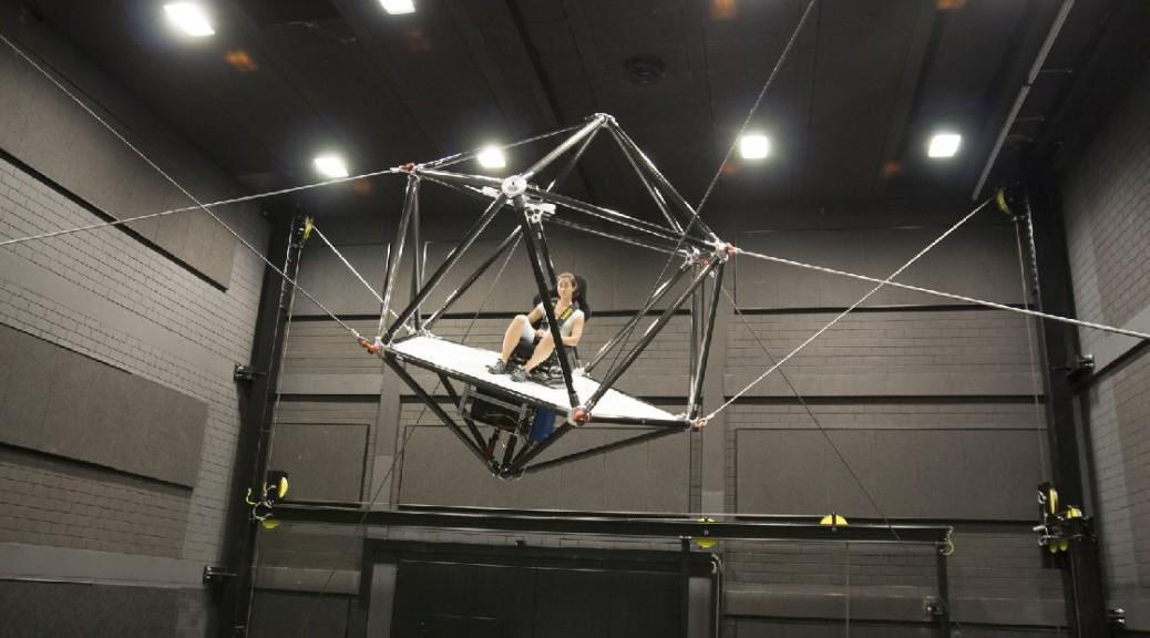 Simulador de realidad virtual lo lleva literalmente por los aires