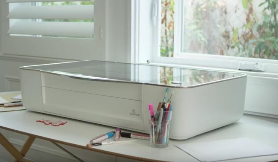 Impresora l ser que imprime objetos mediante cortes por for Impresora 3d laser