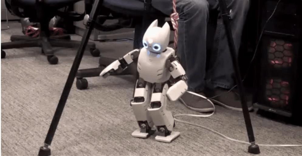 Los robots pueden mejorar su aprendizaje programándolos para pensar como bebés