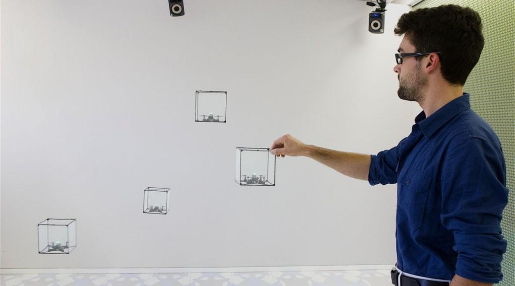 Cómo convierten un enjambre de drones en un holograma físico