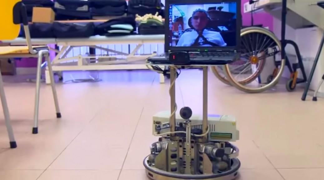 Robots de telepresencia controlados mentalmente por personas con discapacidades motoras