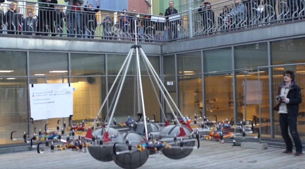 Dron rompe récord mundial en levantamiento de carga útil