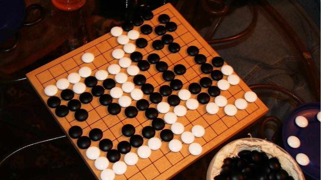 Un computador vence al campeón europeo del juego de estrategia Go
