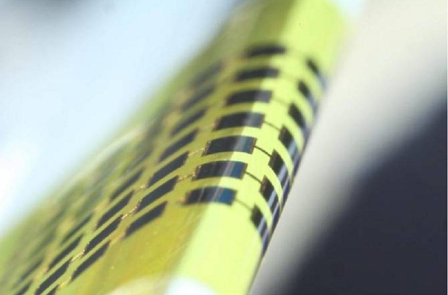 Células solares tan delgadas y flexibles como para envolver con ellas un lápiz