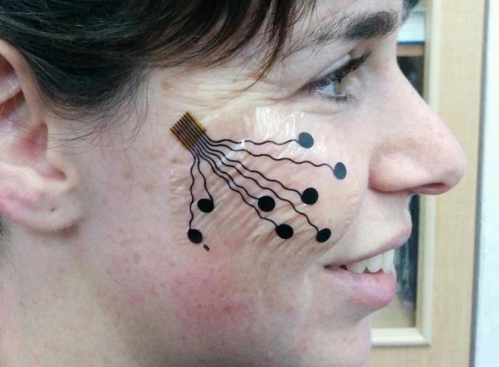 Nano tatuajes para rastrear expresiones faciales