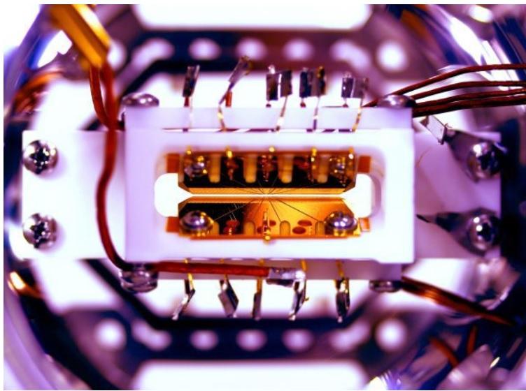 Desarrollan el primer computador cuántico programable
