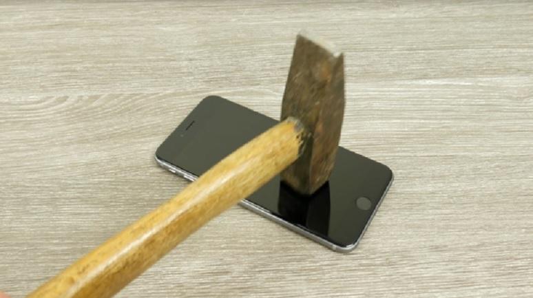 Líquido transparente puede hacer a su teléfono resistente a arañazos y golpes