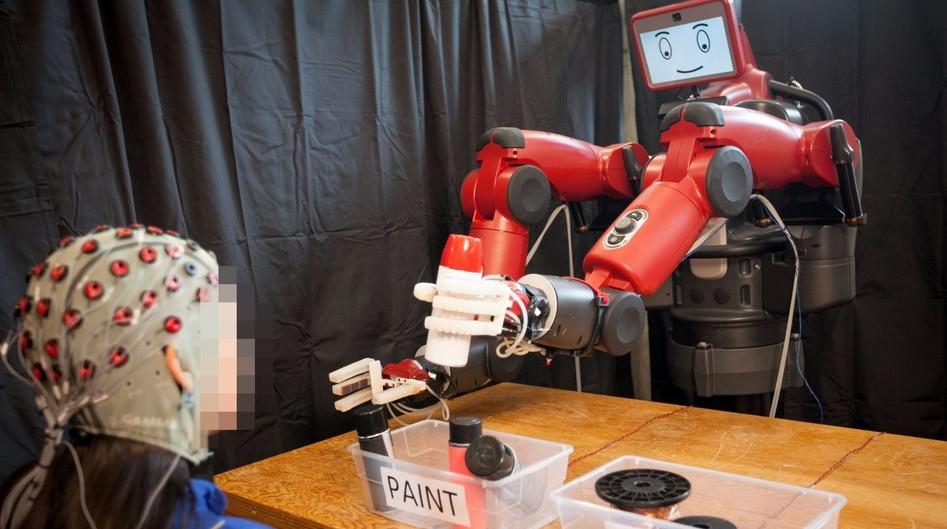 Controlar robots con la mente