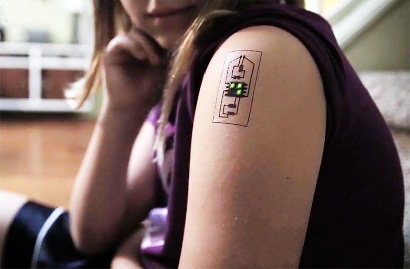 Tatuajes con sensores que almacenan datos