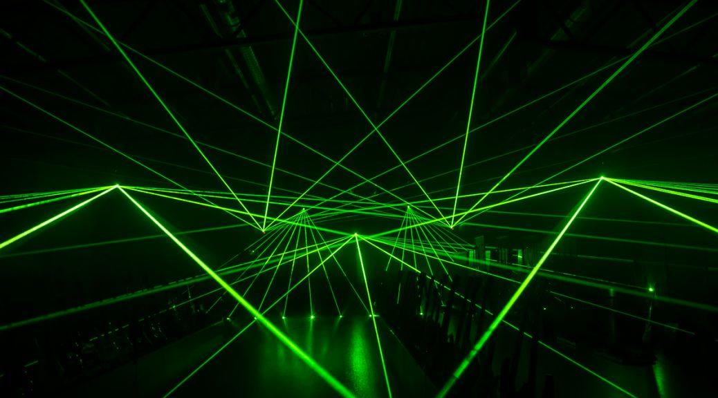 Estudio de pulsos láser podría conducir a computadores ultra-rápidos