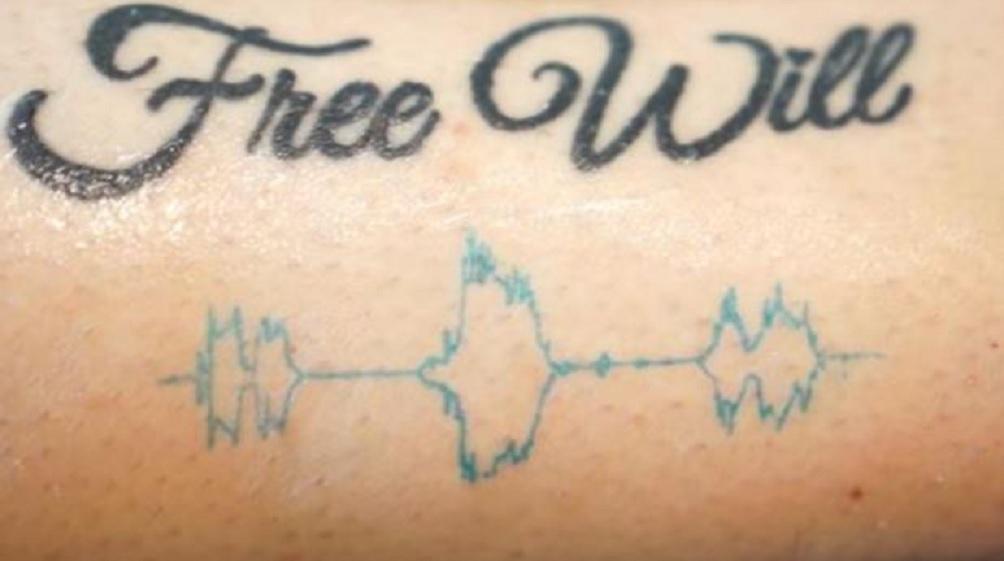 Ahora tatuajes que reproducen la voz de sus seres queridos
