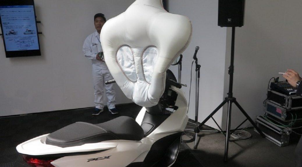 La seguridad en los scooters: un airbag para motos pequeñas
