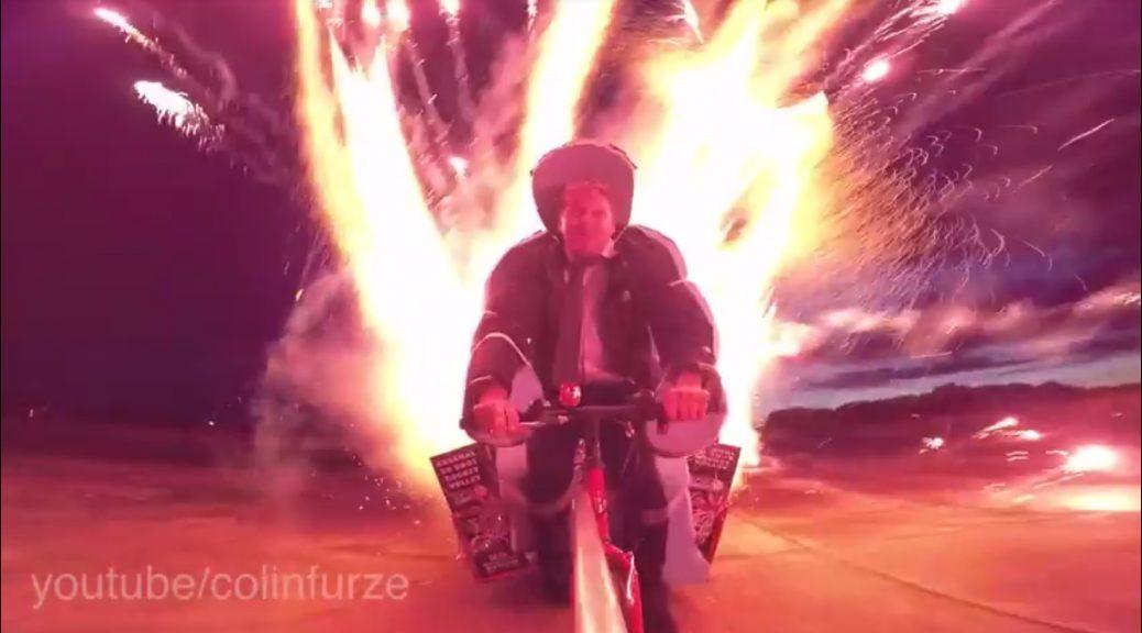 Cómo luce una bicicleta con 1.000 cohetes explosivos
