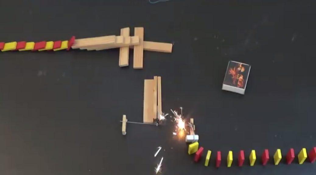 Fuego, explosiones y dominós cayendo