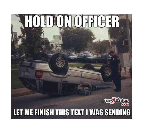 Algoritmo detecta si está enviando mensajes mientras conduce