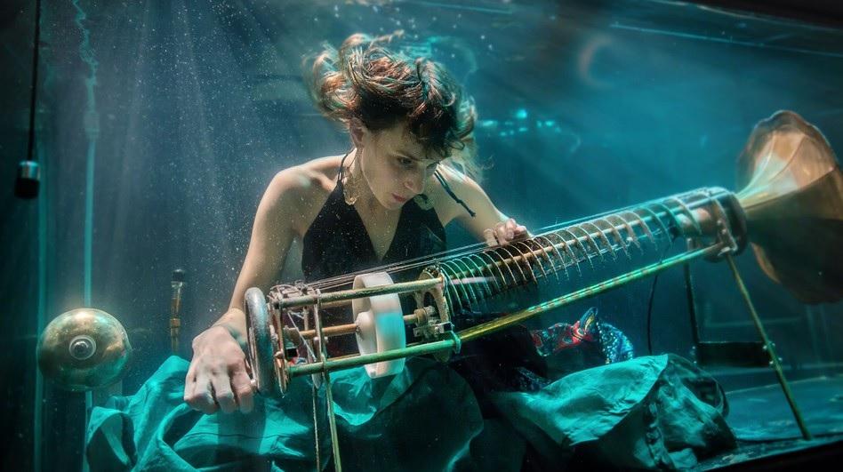 AquaSonic es la primera banda submarina del mundo